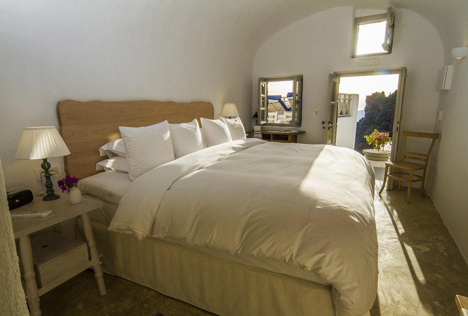 Iconic Santorini Deluxe Rooms
