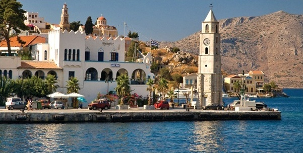 Cyclades Cooking and Culture; A Yachting Guide to the Greek Islands