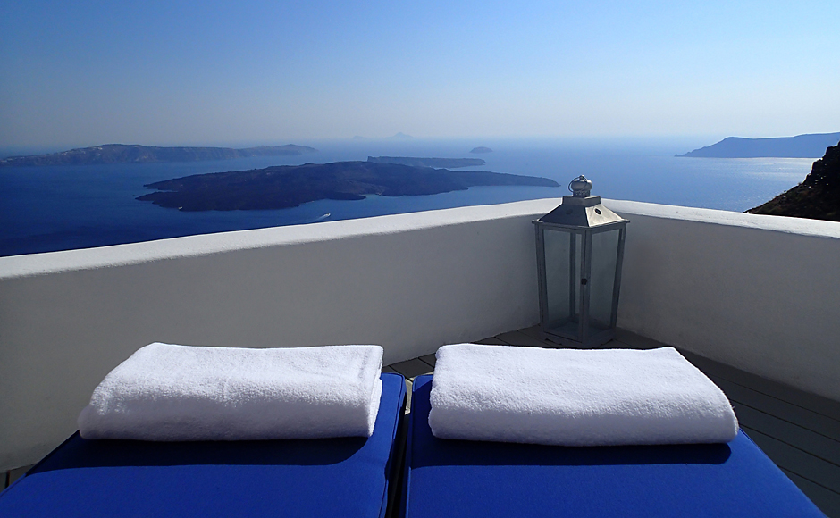 iconic_suite_deck_view