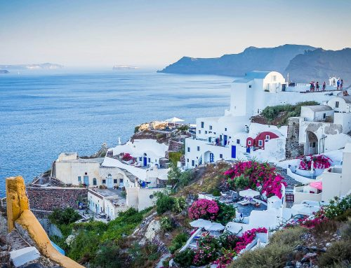 An Insider's Guide to the best 7 landmarks in Santorini