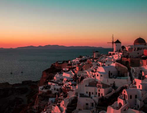 Creating Art that Captures Santorini's True Splendor